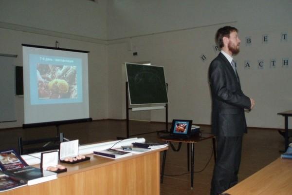 p3170239 600 - Защита детских жизней в Сибири продолжилась встречей со студентами в Томске