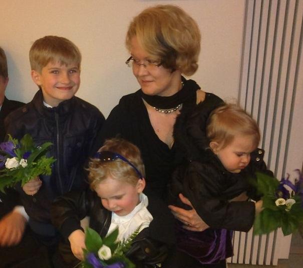Ханна Бруммер с детьми